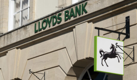 multi-billion-dollar-financial-services-firm-lloyds-looks-to-hire-a-digital-currency-expert